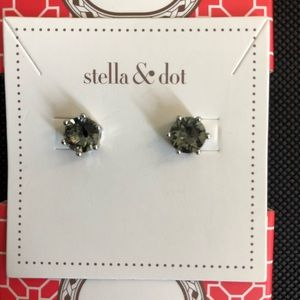 Stella & Dot Sparkle Studs Smokey
